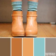 #Farbbberatung #Stilberatung #Farbenreich mit www.farben-reich.com Booted Blues camel + grey + aqua