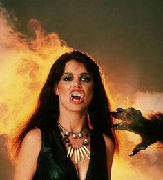 THE HOWLING (1981) Elizabeth Brooks Best Werewolf Movies, Werewolf Art, Scary Movies, Female Werewolves, Vampires And Werewolves, Horror Icons, Horror Art, Horror Films, Zombies