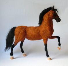 Nadel gefilzt Pferd /OOAK Pferdeskulptur / Custom Miniatur Skulptur von Ihr Pferd/Pferde-Geschenk