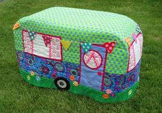 Caravan Sewing Machine cover | Wendy's quilts and more | Bloglovin'