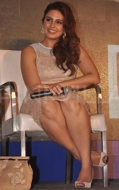 Huma Qureshi Hot