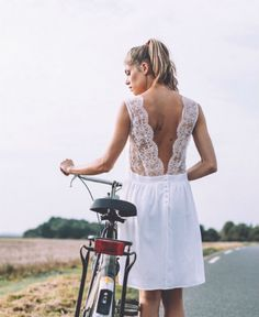 Robe de mariage courte 2015 @ Lorafolk #backless #weddingdress
