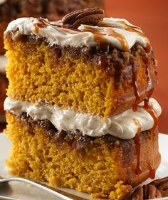 Pumpkin Praline Cake with Cream Cheese Frosting. Don't need to wait for Fall to try this recipe!