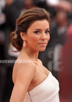 eve longoria's updo's are always perfect - soft with volume at the crown @Julena Visscher