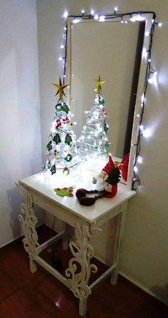 árvore de natal com enfeites em crochet