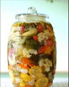 Escabeche- Recipe in Celebraciones Mexicanas, History, Traditions and Recipes. Mexican Dishes, Mexican Food Recipes, Escabeche Recipe, Fermented Foods, Canning Recipes, Antipasto, Love Food, Food To Make, Food Porn