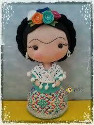 Image result for muñecas fridas en fieltro