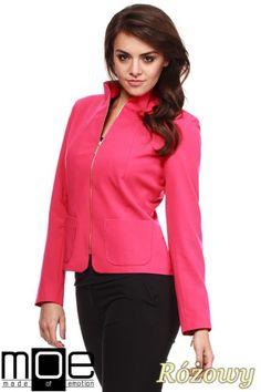 Dopasowany żakiet damski na stójce marki MOE.  #cudmoda #ubrania #styl #moda #odzież #dla_kobiet