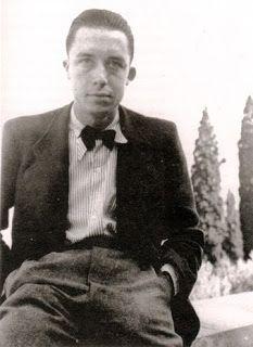 Source wikipédia. Albert Camus fait ses études à Alger. À l'école communale, en 1923 Louis Germain le repère, qui lui donne des leçons  et l'inscrit en 1924 sur la liste des candidats aux bourses13, malgré la défiance de sa grand-mère qui souhaitait qu'il gagnât sa vie au plus tôt.