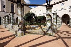 Basilica di Santa Chiara, Garten, Napoli, Italy Napoli Italy, Amalfi Coast, Naples, Santa, Lawn And Garden
