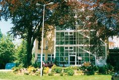 Hotel Stadt Zwönitz Zwönitz Located in the town of Zwönitz in rural Saxony, this family-run hotel sits in an attractive and peaceful area, just a short distance from numerous popular sights and attractions.