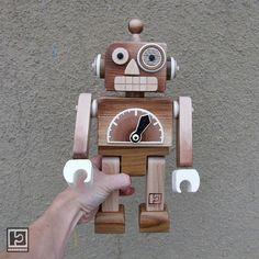 Břichopas UNOS juguetes: juguetes de madera / juguetes de madera