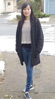 This simple, oversized cardigan is the perfect casual cardigan to wear in cooler weather. Very easy and quick to crochet featuring rows of x-stitch and double crochet that gives the cardi its textured look. It is crocheted in one piece from side to side with minimal shaping at the sleeves, using worsted weight yarn and crochet hook size I / 5.5 mm.