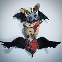 The broken hearted Grimmblee - a one of a kind creepy-cute Gothic little monster sculpture Soft Sculpture, Sculptures, Clay Faces, Anatomical Heart, Lonely Heart, Creepy Cute, Little Monsters, Bat Wings, Black Faux Leather