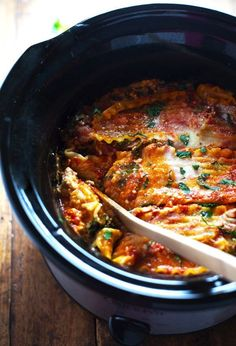 This skinny Veggie Crockpot Lasagna is packed with good-for-you veggies and super easy to make. 300 calories.