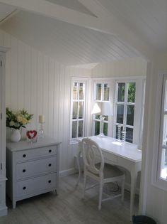 My beautiful Scumble Goosie desk in the new Summerhouse. Cosy Interior, Garden Studio, Scandi Style, Home Office, New Homes, Vanity, Style Ideas, Neutral, Desk
