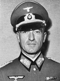 ■ General der Artillerie Eugen Müller (1891-1951).