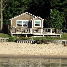 72 best michigan rental cabins images in 2019 vacation rentals rh pinterest com