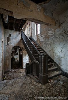 Abandoned Church - Matthew Christopher's Abandoned America