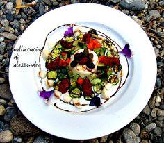 crème caramel | di formaggio di capra con piccole verdure  erbe, fiori e frutti
