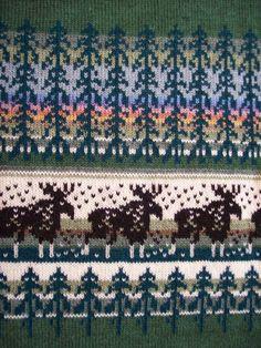 Neuleet lahjaksi naiselle tai miehelle   Päivineule, Joensuu, Lieksa Fair Isle Knitting, Hand Knitting, Knitting Patterns, Pixel Pattern, Bellisima, City Photo, Knit Crochet, Upcycle, Coding