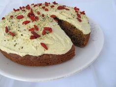 SAFTIG GULROTKAKE – UTEN GLUTEN OG SUKKER | Linn Gluten, Cakes, Kitchen, Desserts, Food, Tailgate Desserts, Cooking, Deserts, Cake Makers