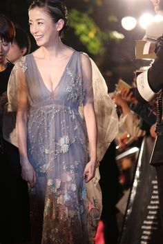Pin on ジュエリー Japanese Beauty, Asian Beauty, Elf Costume, Pretty Asian, Elegant Woman, Photos Of Women, Beautiful Actresses, Asian Girl, Party Dress