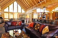 Awesome high ceilings in CO.