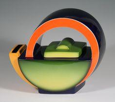 Teapot /Green Fade  / Earthenware, Low Fire Glazes and Underglazes / 750