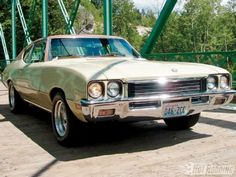 1972 Buick Skylark- jade green with black vinyl top-just like mine!
