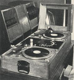 DJ set...... in 1929.    .....................Please save this pin.   .............................. Because for vintage collectibles - Click on the following link!.. http://www.ebay.com/usr/prestige_online