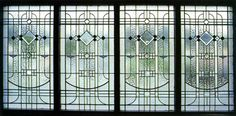 Art deco became the dominant stained-glass style in New Zealand houses from around 1920 to 1940.