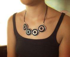Melleas Sun, Nespresso necklace