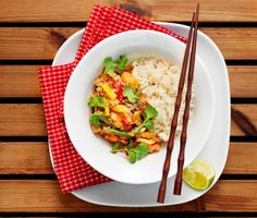 Thaigryta med ris