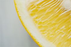 Food Photography: Lemon // Lemon, Fruit, Macro, Close-Up Shot, Natural/Artificial Lighting, Overhead Shot