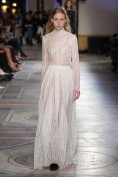 Giambattista Valli Spring 2018 Couture Collection - Vogue