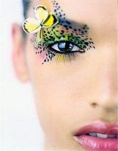 Definitely not how I would do my make up to go camping. Definitely not how I would do my make up to go camping. Butterfly Makeup, Butterfly Eyes, Butterflies, Butterfly Costume, Butterfly Kisses, Make Up Looks, Make Up Designs, Beauty Makeup, Hair Makeup