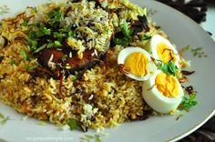 Biryani at its best - Delicious Malabar Fish Biryani? This is a very simple Biryani that tastes delicious! The fish is pan fried, prior to layering it with rice. Fish Biryani, Onion Salad, Biryani Recipe, Fresh Coriander, Fried Onions, Fried Fish, Garam Masala, Rice Recipes, Seafood