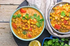 This Lentil Chickpea Yellow Curry is vegan and gluten free and you can make it with just 6 ingredients in 2 easy steps. Delicious plant-based meal.