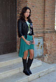 Hi-low skirt + boots