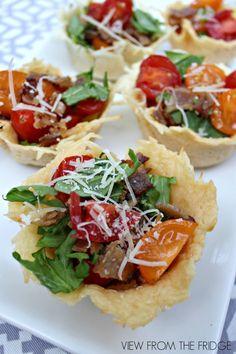 14. BLT Salad in Parmesan Encrusted Cups #healthy #recipes #super #bowl http://greatist.com/health/super-bowl-recipes-snacks