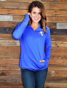 Stay warm during those chilly Tarleton State game nights with this performance pullover. What a perfect way to show your school spirit. Bleed Purple