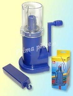 Dutinkovač - pletací mlýnek na výrobu dutinek. Nejlepší výsledky jsou z příze, která má doporučenou velikost háčků a jehlic 3-3,5.