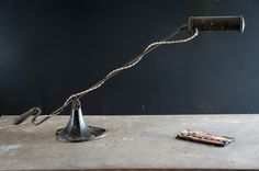 The V.M.C. Spade Bankers Desk Lamp : Factory 20