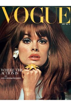 57 covers Vogue UK June by David Bailey. Vogue UK September and October by David Bailey. Vogue New Zealand Summer Vogue UK March by David Bailey. Vogue US April 1 and April 15 Vogue Paris April by Henry Clarke. Vogue UK May by William Klein. Jean Shrimpton, Vogue Magazine Covers, Fashion Magazine Cover, Fashion Cover, Vogue Vintage, Vintage Vogue Covers, Vintage Fashion, Trendy Fashion, Fashion Outfits