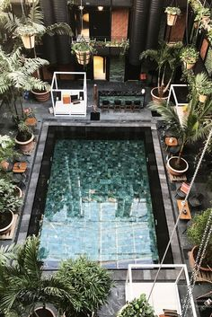 Last week I went to Copenhagen to explore the latest addresses for The Copenhagen Guide. I've stayed at the brand new Manon les Suites with a stunning patio pool. The best way to discover Copenhagen is by bike. You can often rent one at your...