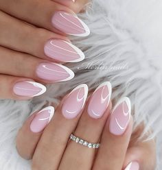 Easy Spring Nails & Spring Nail Art Designs To Try In Simple spring nails colors for acrylic nails, gel nails, shellac spring nails, as well as short spring nails. These easy Spring nail art ideas with flowers, glitter and pastel colors are a must try. Cute Spring Nails, Spring Nail Colors, Spring Nail Art, Nail Designs Spring, Nail Art Designs, Nails Design, Pastel Colors, Pastels, Summer Nails