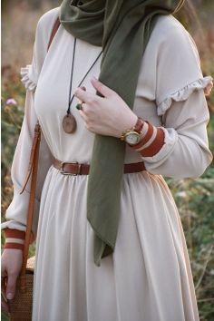 Ribanalı Bej Renk Elbise - Eminos Butik