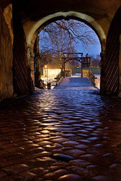 Old Town (Gamlebyen): Main gate and lift bridge, Fredrikstad