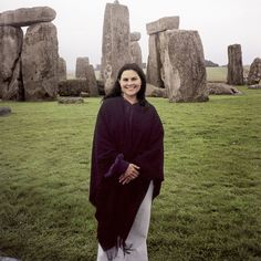 Diana Gabaldon & standing stones...i love this picture of her.......